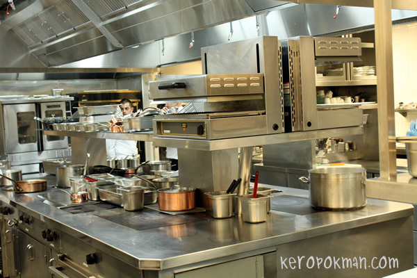 Guy Savoy - Kitchen Tour @ Marina Bay Sands