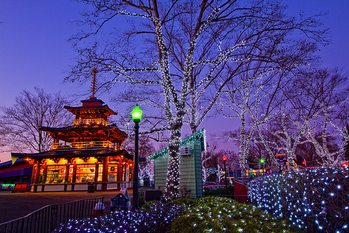 Kennywood Pagoda @ Twilight