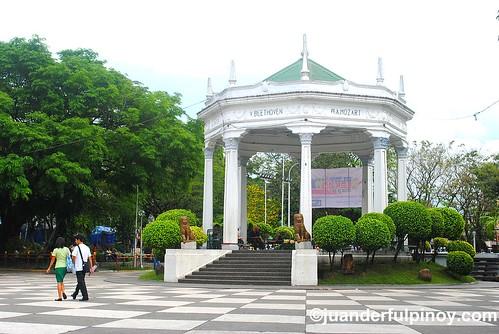 plaza bacolod