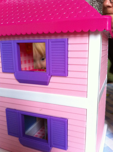 Hello Kitty Dollhouse for Christmas