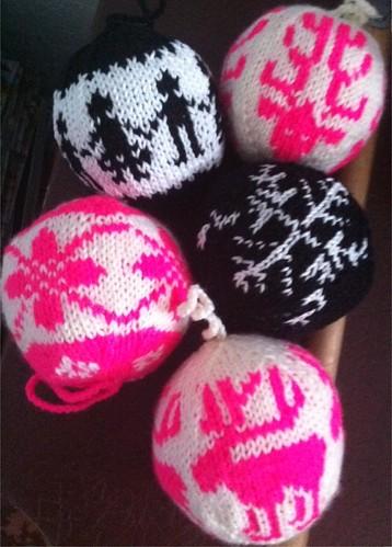 knitted xmas balls