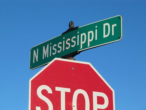 N Mississippi Dr