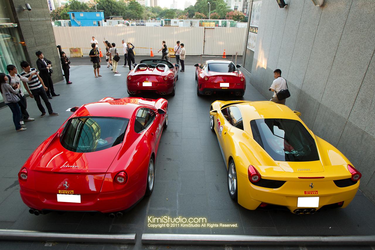2011.10.28 Ferrari-030