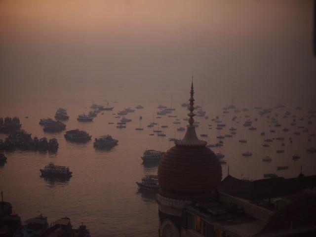 Mumbai Harbor at dawn, Dec 2011. 2-001