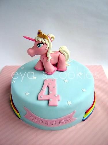 lilly unicorn1