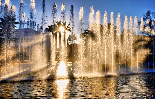 architecture shadows backlit 500views fountains southerncalifornia westhollywood sunstar pacificdesigncenter cesarpelli 100comments mygearandme