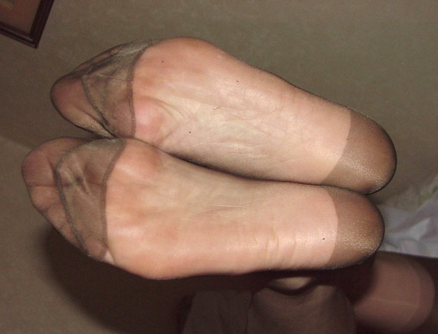 Rht Stocking Feet 83