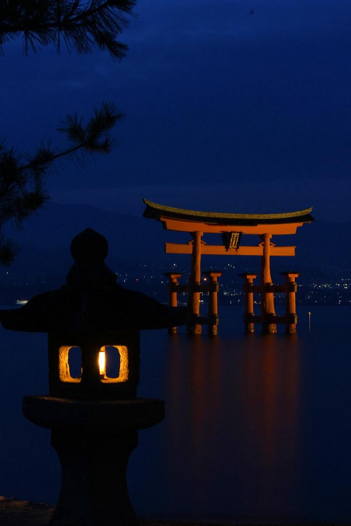 Miyajima Night Photo (2)