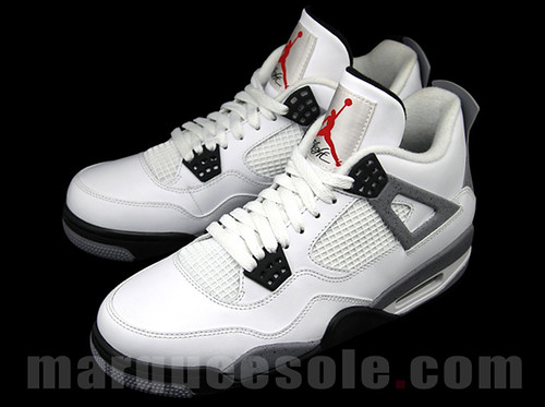 air-jordan-4-white-cement-retro-03