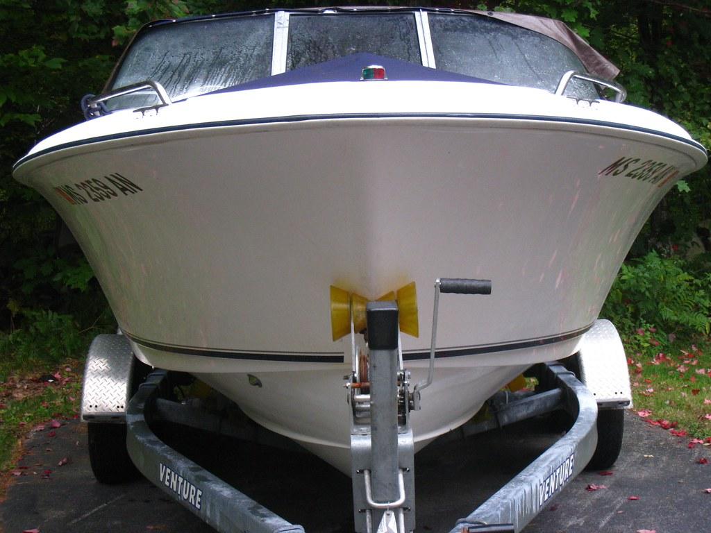 2006 Sea Hunt Escape 200, F150