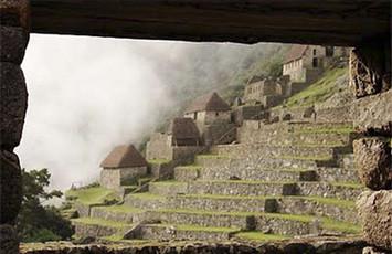 vista-magica-de-las-andenerias-machupicchu-cusco
