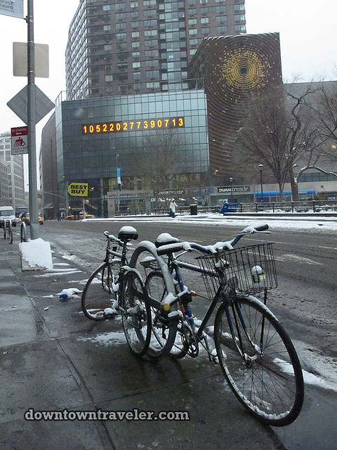 NYC Snowstorm East Village Jan 2012_bikes
