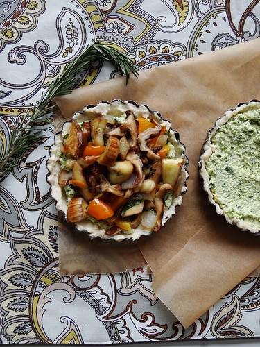 mini veggie tartletts // spinach tofu ricotta