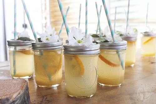 lemonade in jars!