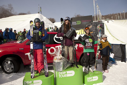 womens-ski-slope-podium
