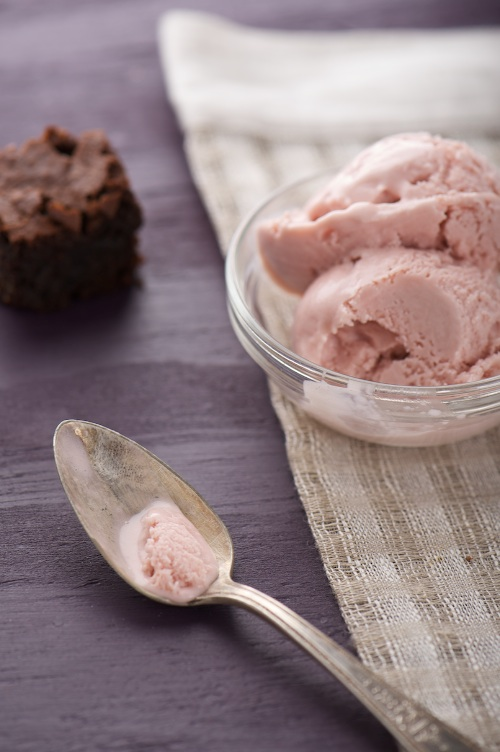 Almond Fudge Brownies with Raspberry Ice Cream | Fresh New ...