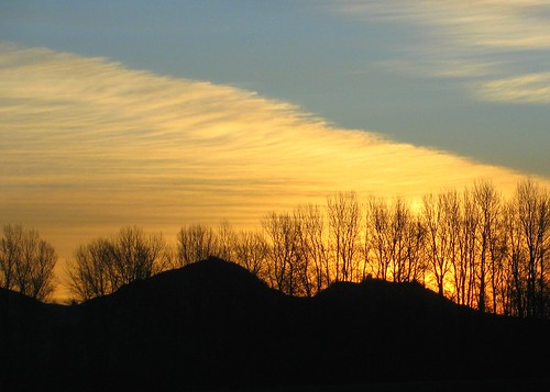02-06-12 Skagit Sunrise by roswellsgirl
