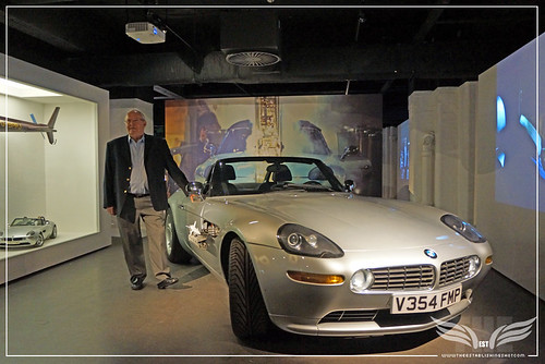 BOND PRODUCTION DESIGNER PETER LAMONT & BMW Z8 FROM THE WORLD IS NOT ENOUGH @ LONDON FILM MUSEUM COVENT GARDEN