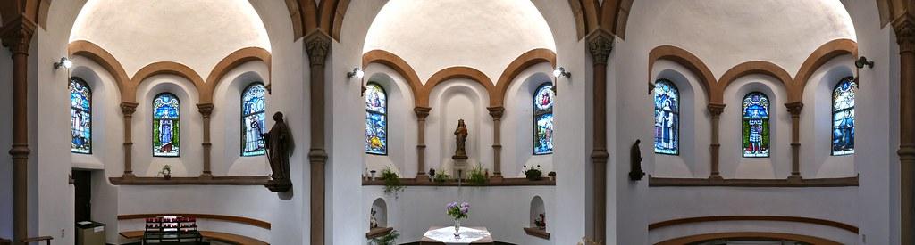 La chapelle de l'abbaye de Clairefontaine en Belgique 26998084591_243c5c3d7e_b