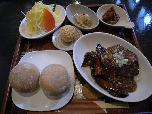 美味しい無国籍料理『たべものや ちきん』@奈良市神殿町