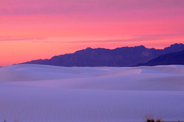 White Sands by CC user goingslo on Flickr