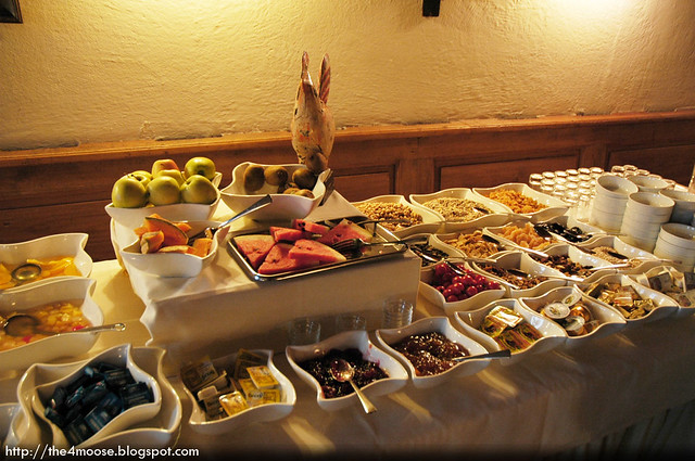 Hotel Weisses Kreuz - Breakfast Buffet