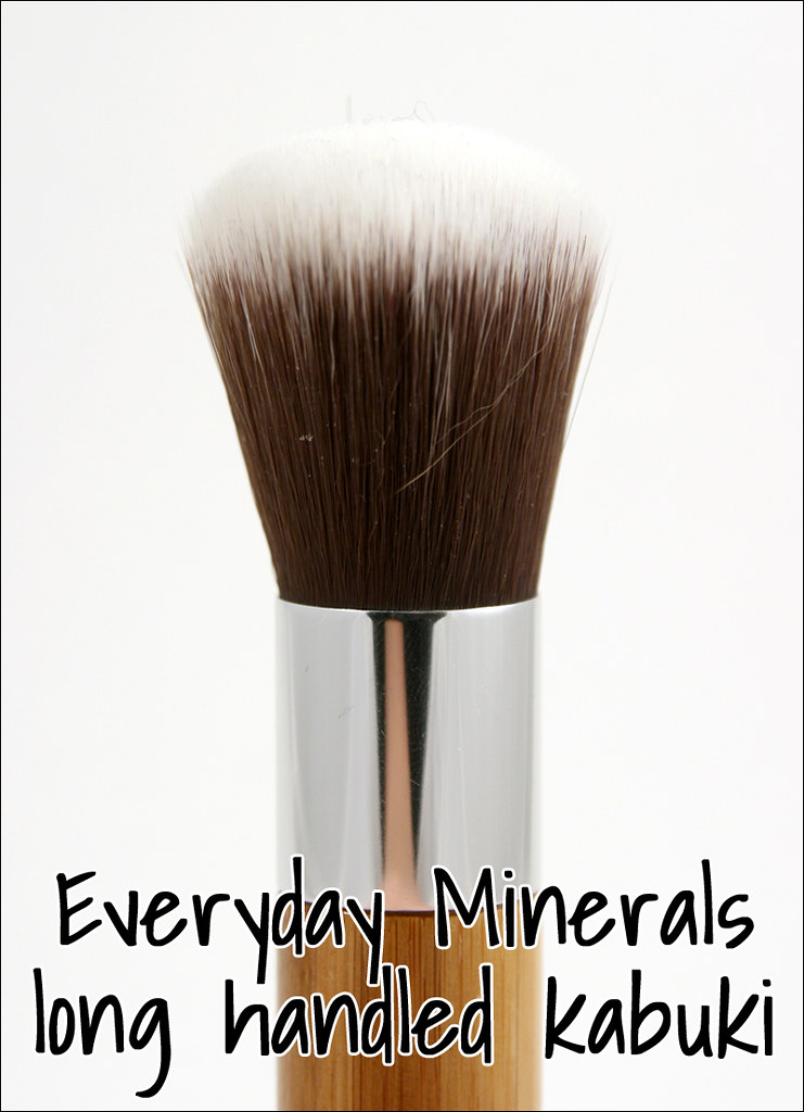 Everyday minerals long handled kabuki