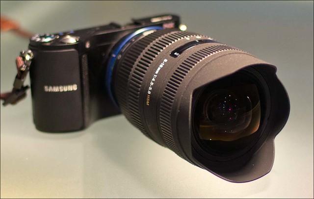 Samsung NX200 Sigma 8-12mm (Sony a-mount) Novoflex Sony a-mount > Samsung NX adapter