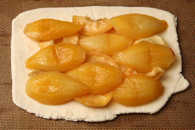 puffed pear tart 3