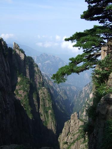 黄山・・飛来石への道程