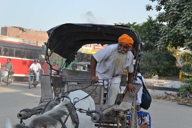 Амритсар находится в штате Пенджаб, родине сикхов. Amritsar-city situated in the Punjab state, sikh's motherhood..