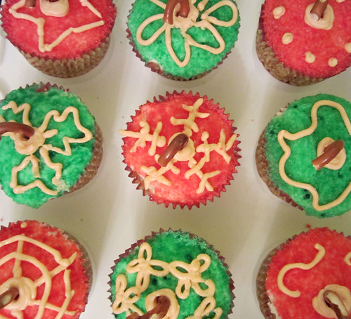 Vegan Christmas Ornament Cupcakes