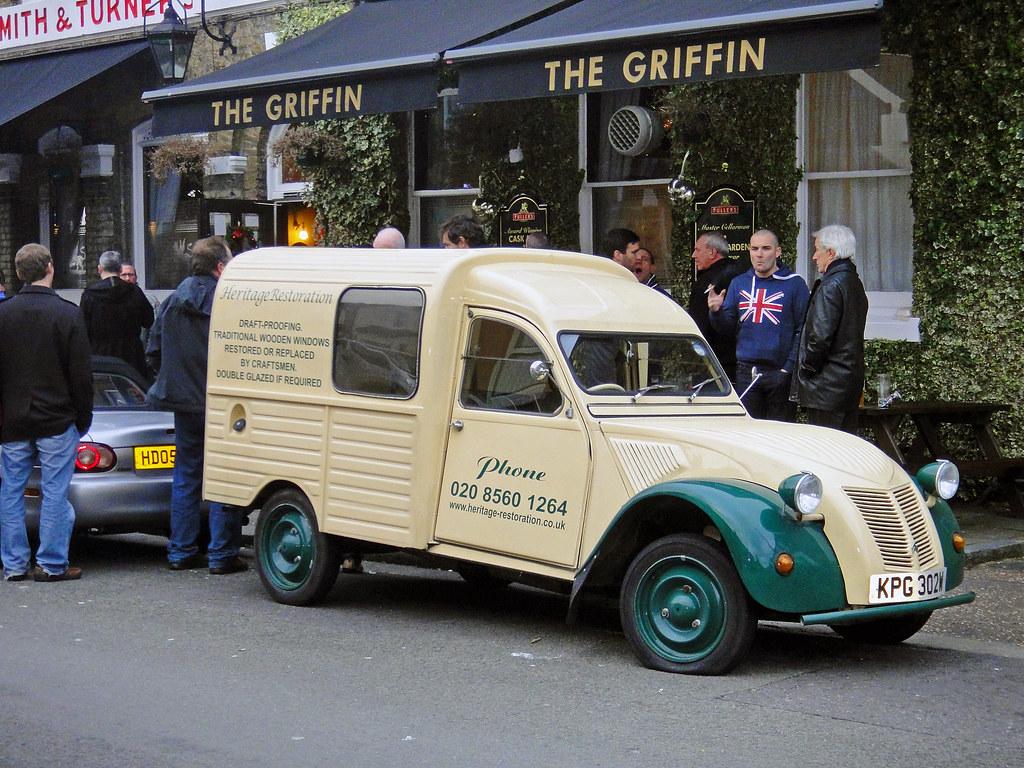 Brentford - Dec 2011 - Citroen Van Outside The Griffin