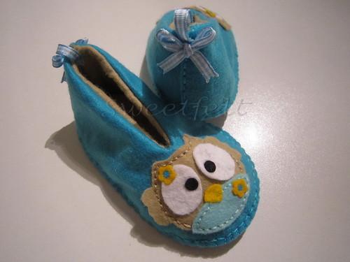 ♥♥♥ Mais pantufinhas... by sweetfelt \ ideias em feltro
