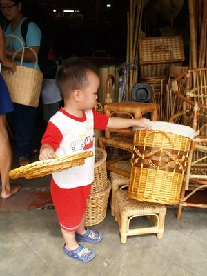 Justin choosing basket