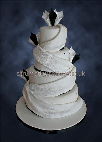 Wedding Cake 818 Black White Cala Lilies Drapes