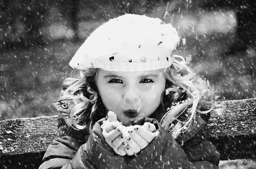 無料写真素材, 人物, 子供  女の子, 帽子, 雪, モノクロ, アメリカ人