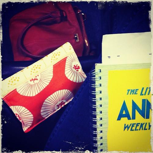 at jury duty:  using my little pen pouch