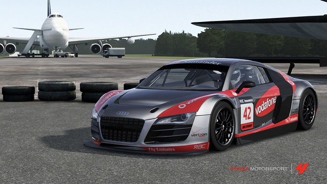 [ONE NIGHT] AUDI R8 LMS endurance LIVREE 6754530147_a7c0e619ed_z