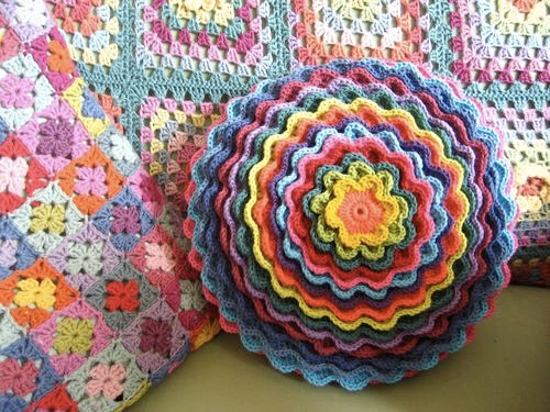 Crochet pinterest ideas Finds: crochet pillow Ideas Pinterest