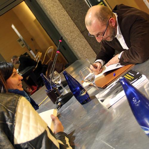 PRESENTACIÓN EN LEÓN DE LA CONSPIRACIÓN DE LAS MARIPOSAS EN LEÓN - 27.01.12 by juanluisgx