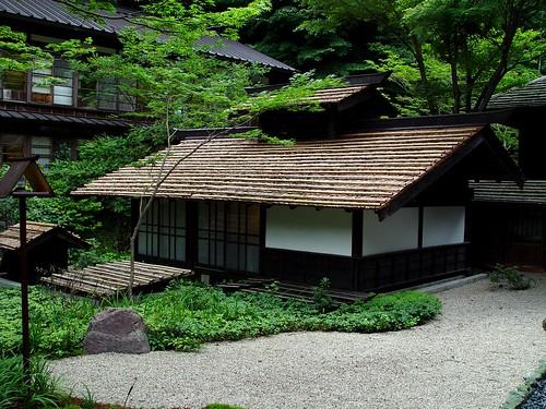 Japanese Bathhouse at Houshi Onsen  法師温泉