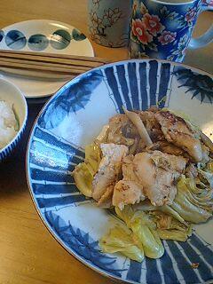鶏肉ときゃべつとしめじの塩麹炒め by nekotano