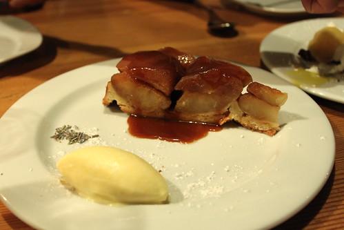 apple tartin & ice cream