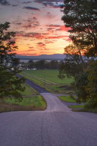 road sunset vermont farm adirondacks hdr lakechamplain southhero ef28135mmf3556isusm