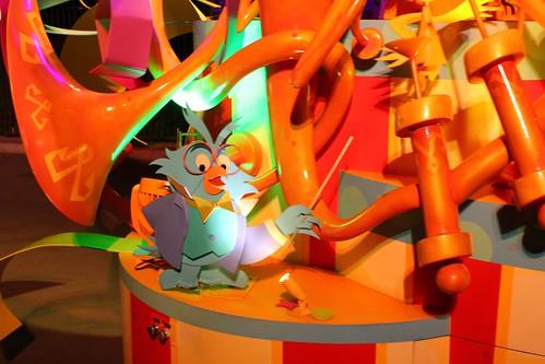 Owl - Mickey's Soundsational Parade