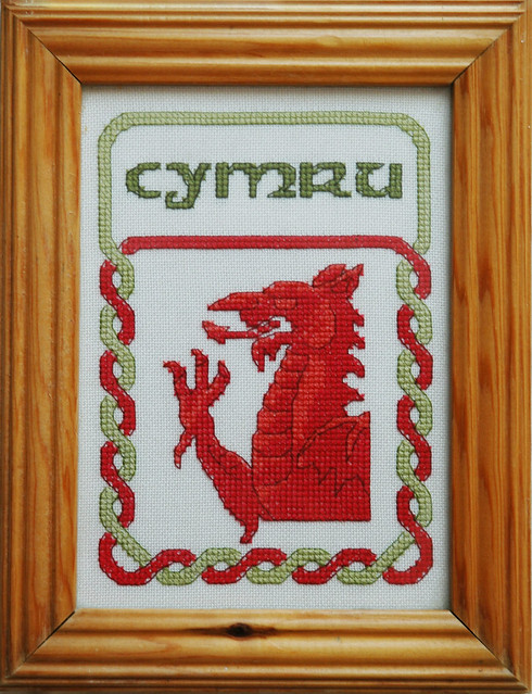 Welsh Dragon Free Crochet Pattern : Welsh Dragon PDF Cross Stitch Pattern Flickr - Photo ...