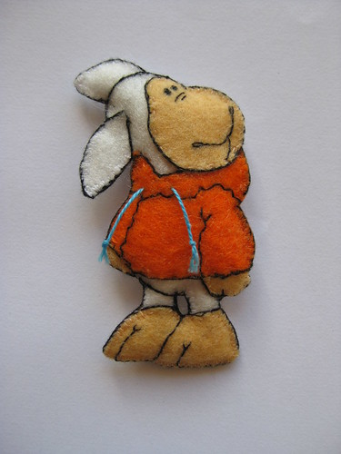 Jolly Sheep Brooch by ONE by one