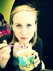 Frozen Yogurt - Uh Yea