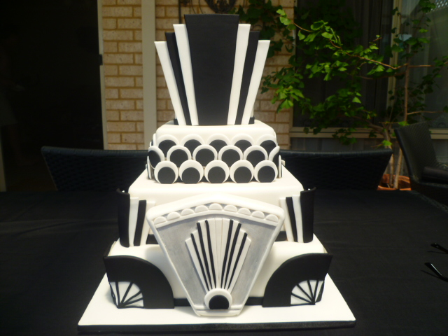 Art Deco Birthday Cake : Great Gatsby Cake Ideas on Pinterest Art Deco Cake ...